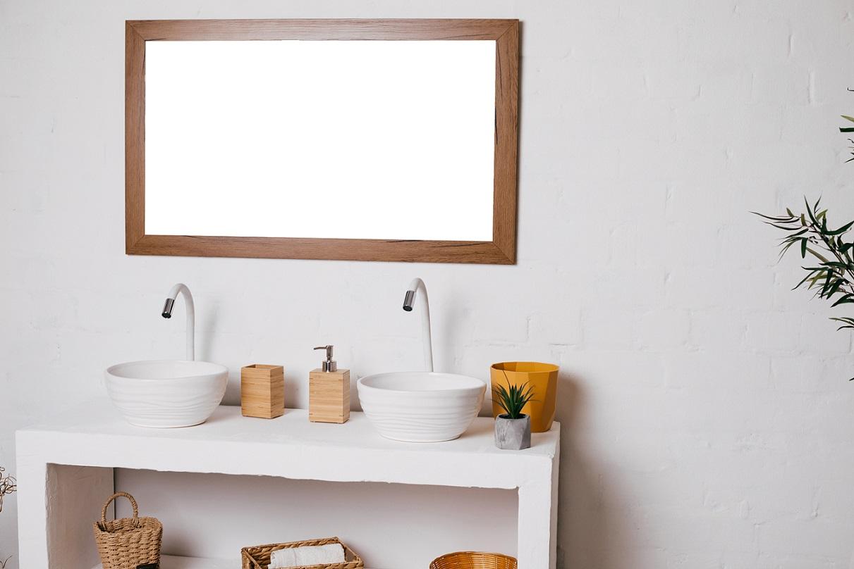 Lustro ozdobne w łazience