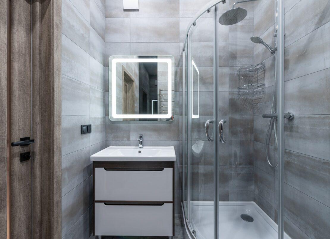 Szklany prysznic